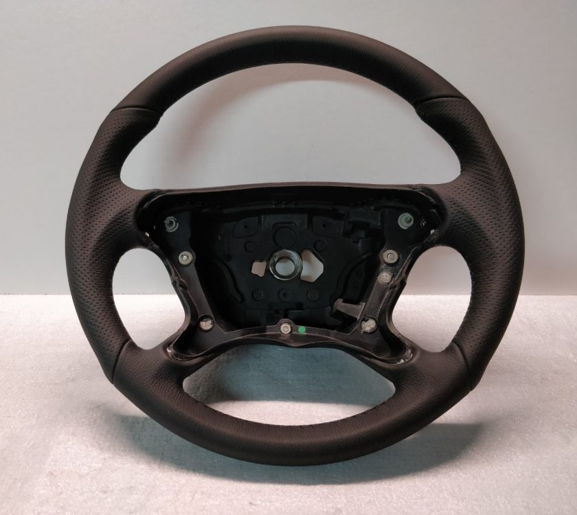 Mercedes AMG steering wheel W209 W211 3062148 SL R230 Leather New Black