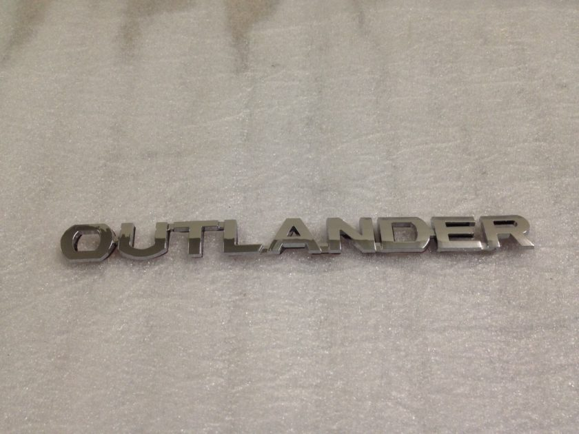tailgate rear badge emblem mitsubishi Outlander