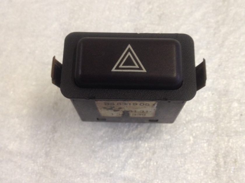 bmw E30 hazard switch 1380339