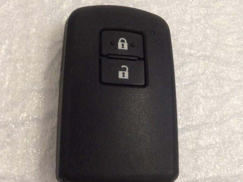 Remote Toyota BA7EQ 2-BUTTON Auris 12+ Yaris Avensis