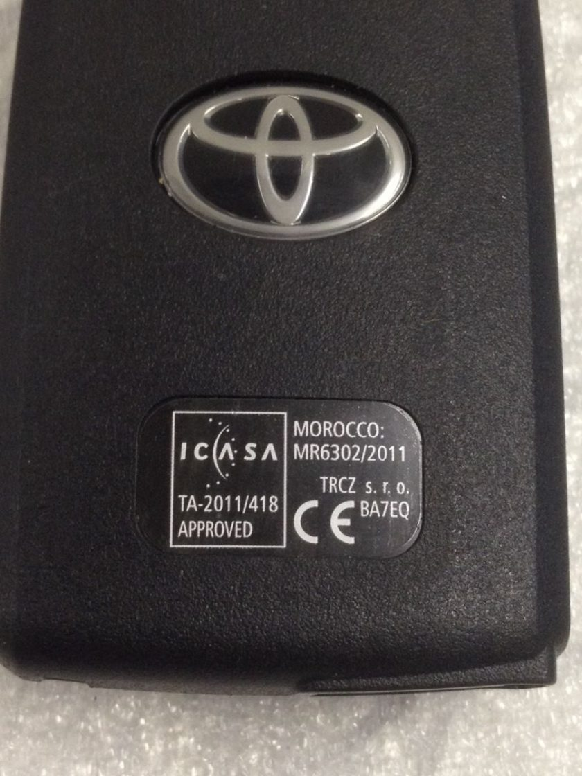 Remote Toyota BA7EQ 2-BUTTON Auris Yaris Avensis