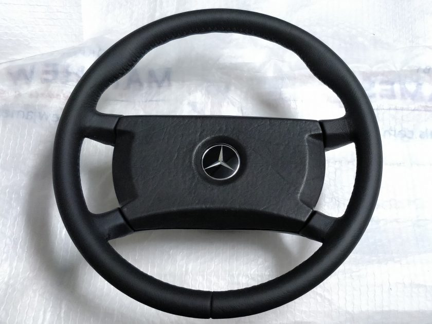 mercedes steering wheel Leather 1264640017 R107 W124 W126 W123 SL SLC + thumb rests