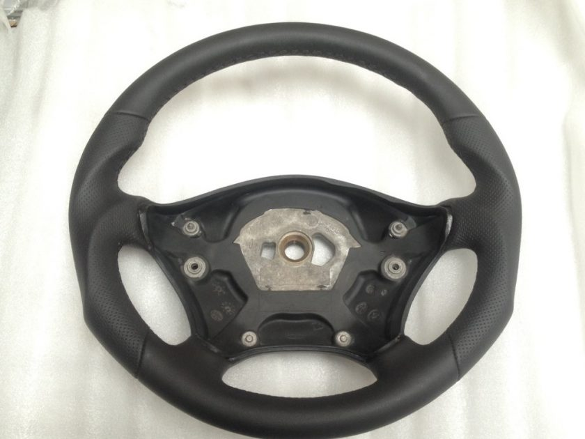 Sprinter 906 VW Crafter steering wheel Black leather black stitch + extra thumb rests profiled