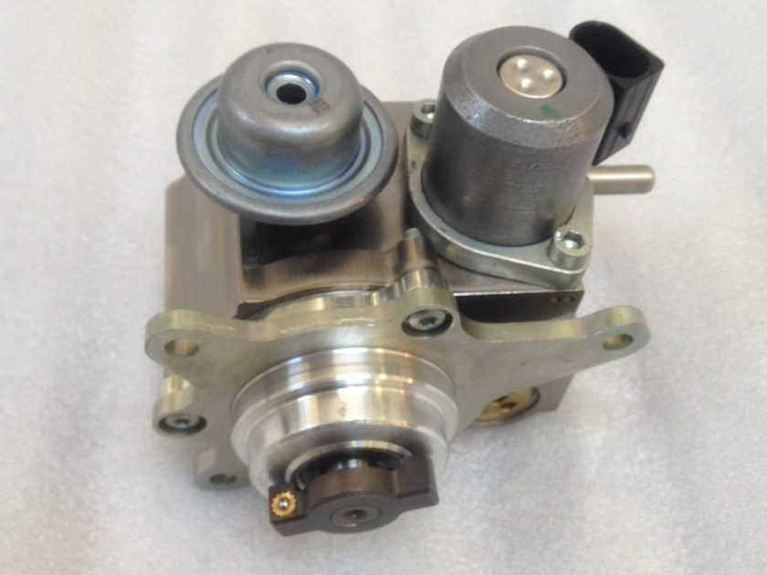 Mini Cooper high pressure fuel pump 7588879