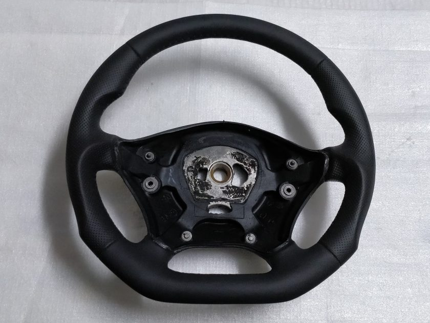 Mercedes Sprinter VW CRAFTER FLAT BOTTOM CUSTOM STEERING WHEEL Black leather THUMB RESTS 9064640201