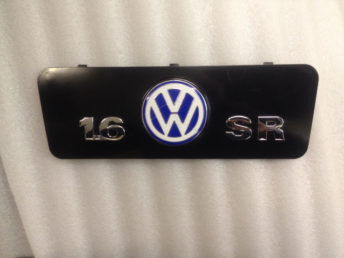 VW engine cover 1.6 SR 06A103932 Beetle Golf badge plate