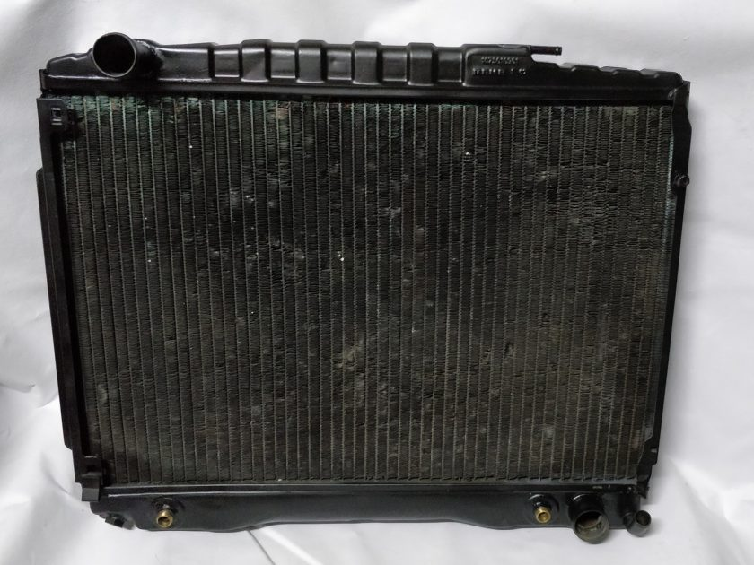 Mercedes cooling Radiator R107 1075010901 (8)