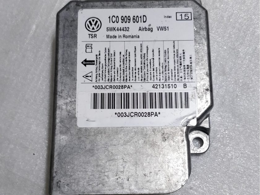 VW AIRBAG ECU SRS MODULE GOLF MK4 / BORA 1C0909601D / 1C0909601D 5WK44432