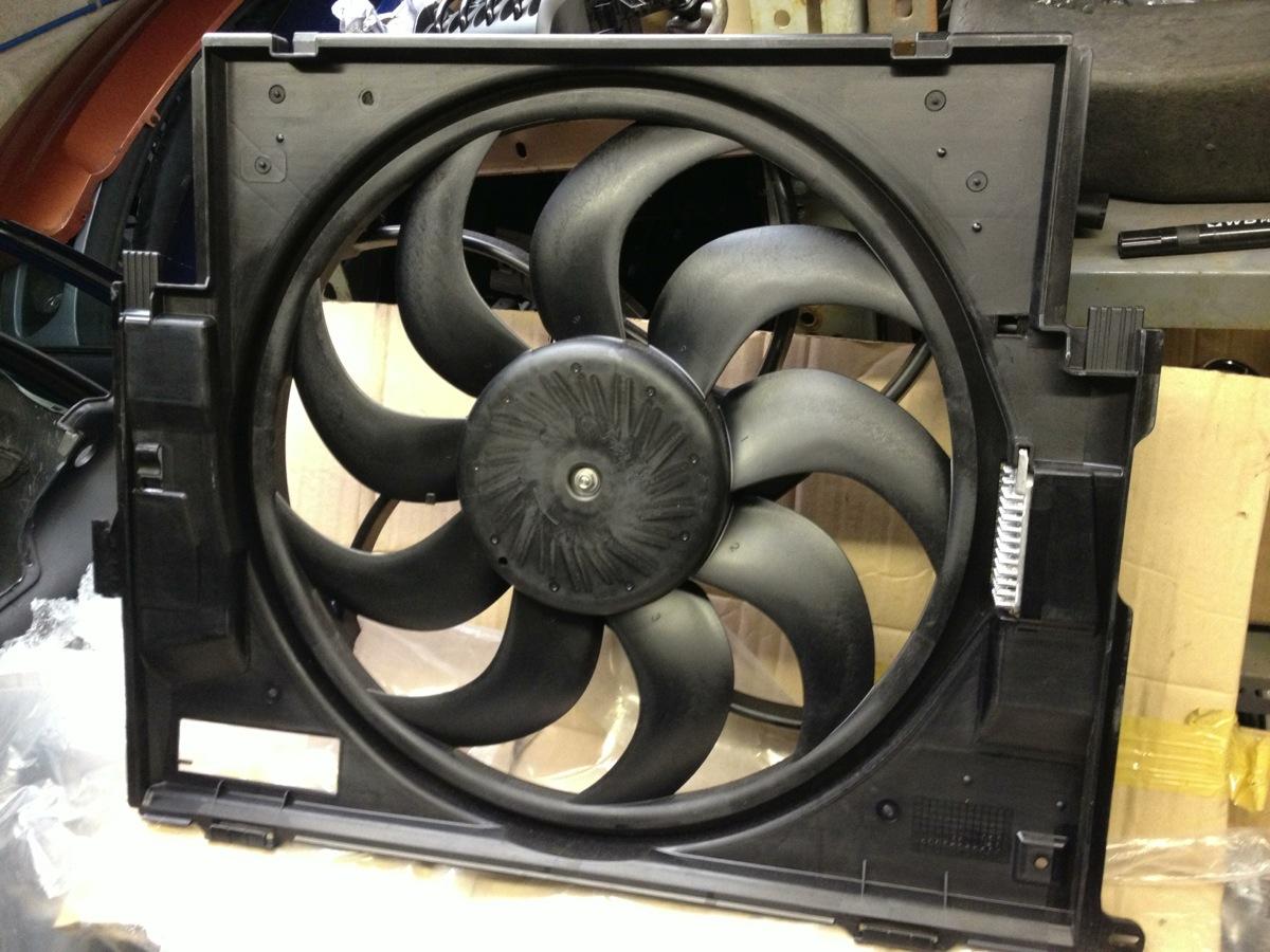 BMW radiator fan F20 F21 F23 F22 F30 F31