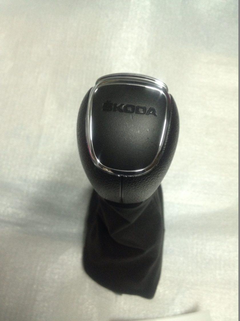 Skoda gear knob DSG Roomster Fabia 2011-2015 RHD 5J2713123 P