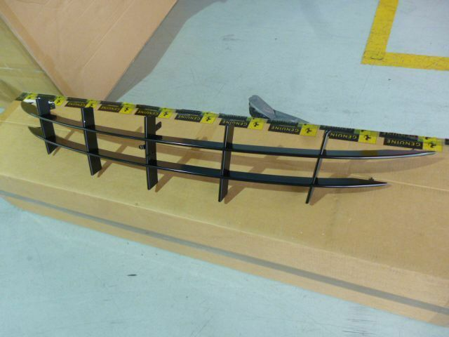 Ferrari FF front grille 84132900 New OEM grill