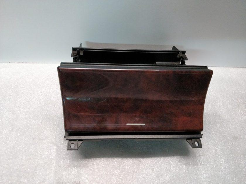 Mercedes ashtray W210 1997 2106800252 E320 E300