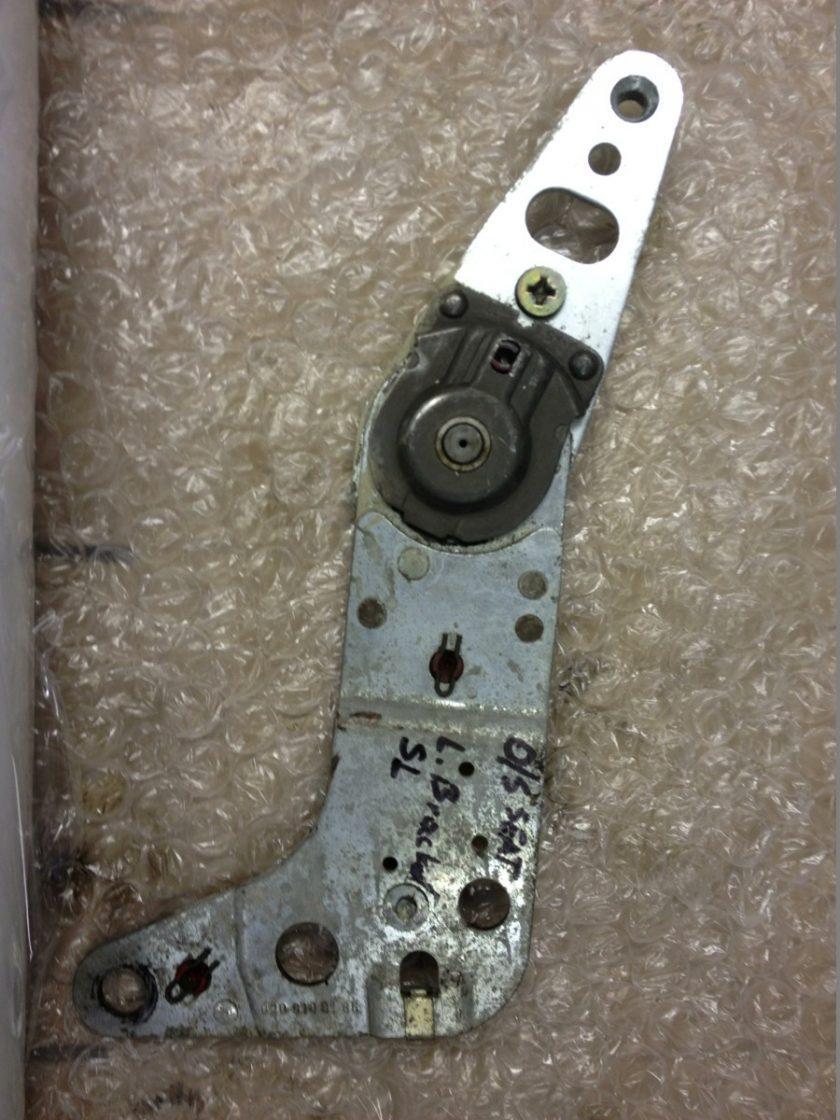 Mercedes R107 SL seat backrest adjust hinge tilt mechanism 0009108186 SLC
