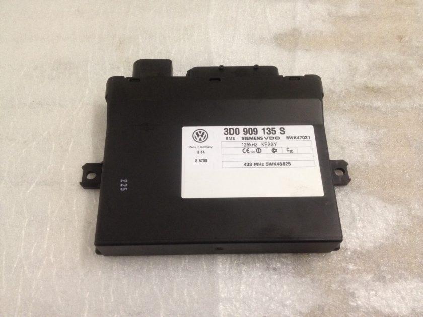 3D0909135 S keyless entry control module Porsche Cayenne 955 VW Touareg 7L