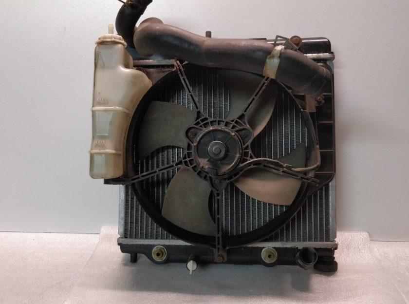 2004 Honda Jazz radiator + fan 1.3 1.4 2002-2005