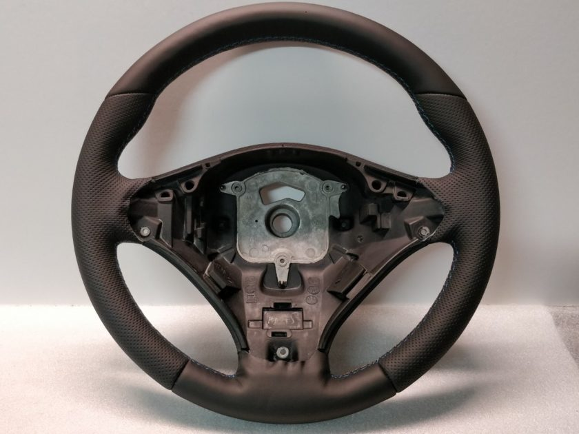 BMW Steering wheel E70 SE E71 X5 X6 3057070 New Leather
