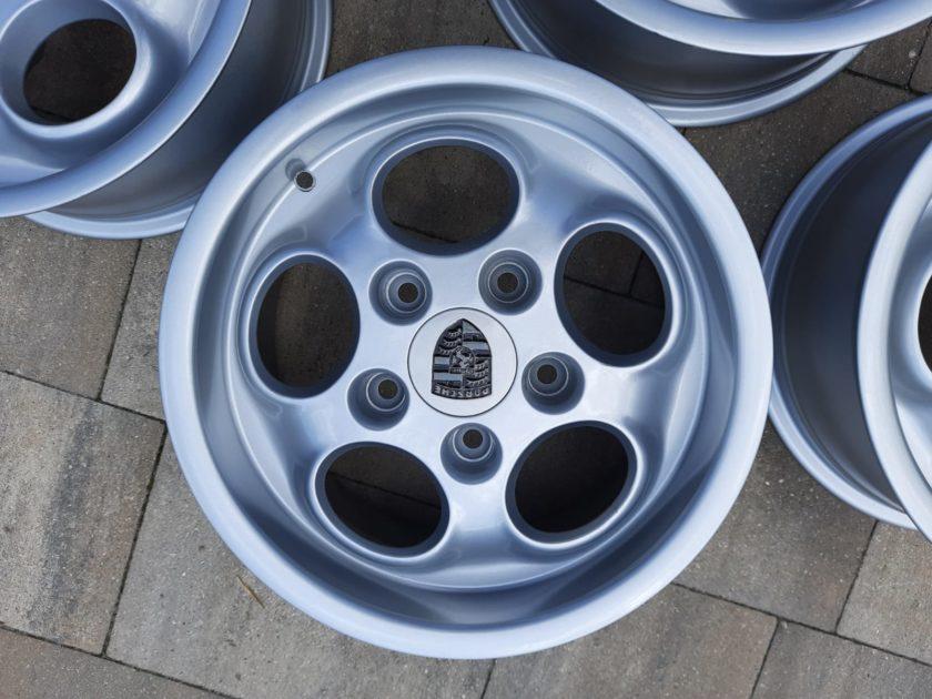 Porsche 944 924 Dial Alloys 951362104 .00 951 914 alloy wheels 15``