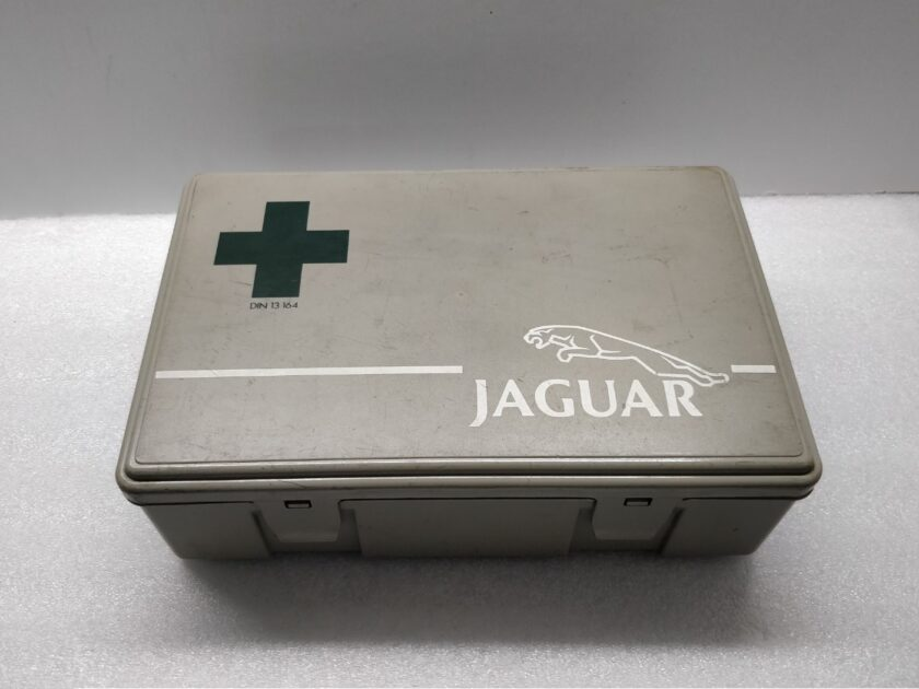 Jaguar First Aid Kit Retro Classic xj40 xj6 xjs